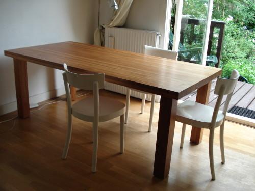 Massief houten Salomon Padoek eetafel (2)